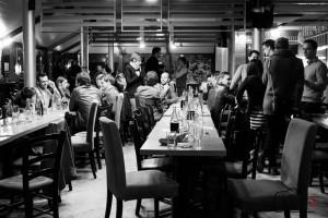 Discussions informelles après le repas